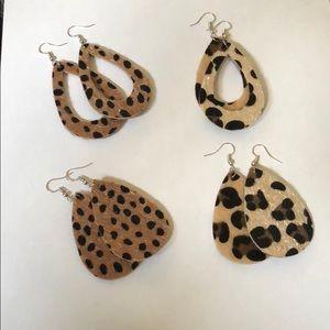 4 pair teardrop earrings in leopard/cheetah print